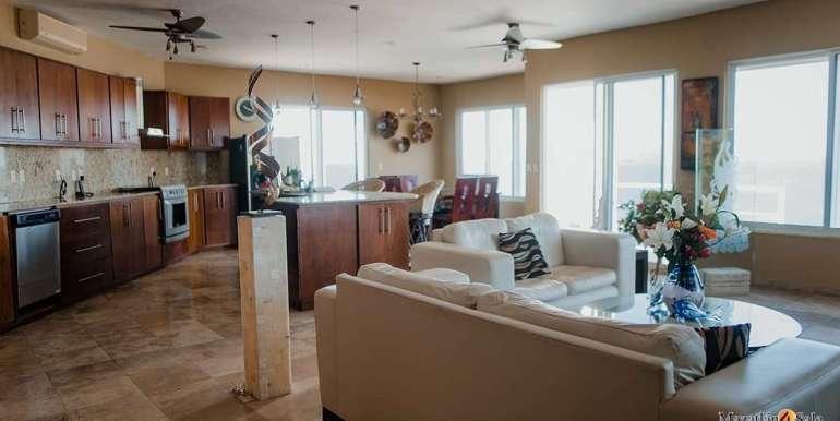 Mazatlan 4 bedrooms in Oceanfront Home For Sale