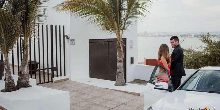 Mazatlan 4 bedrooms in Oceanfront Home For Sale (65)