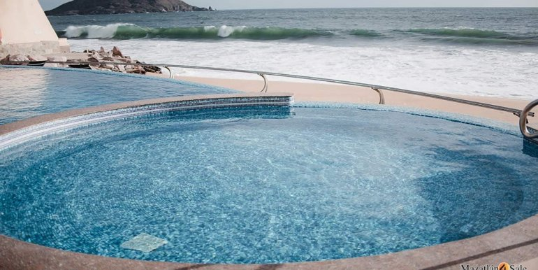 Mazatlan-2 bedrooms in Solaria-Penthouse For Sale-Mazatlan4Sale -25