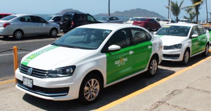 Resultado de imagen de taxis verdes mazatlan