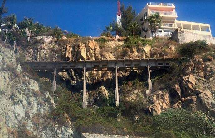 Puente Paseo Juan Dominguez