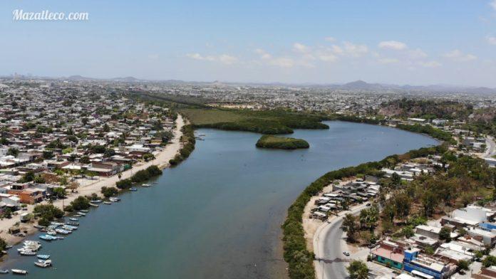 Lagunas y esteros en Mazatlán