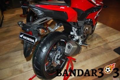 honda-cbr500r-mendarat-di-indonesia-f319d8