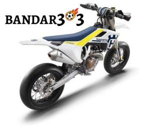 husqvarna-hadirkan-supermoto-450cc-model-terbaru-c51591