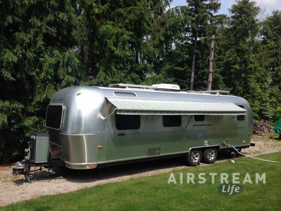 Airstream new Zip-Dee awning-3