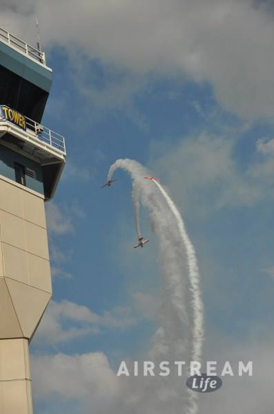 OSH tower airshow