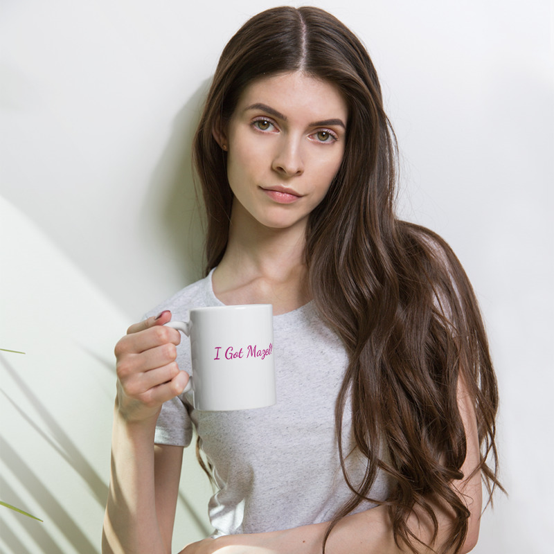 mockup_Woman_Lifestyle_11oz F