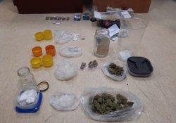 narkotyki zabezpieczone przez policjantów