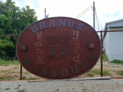 World's Largest Belt Buckle - Uranus, Missouri