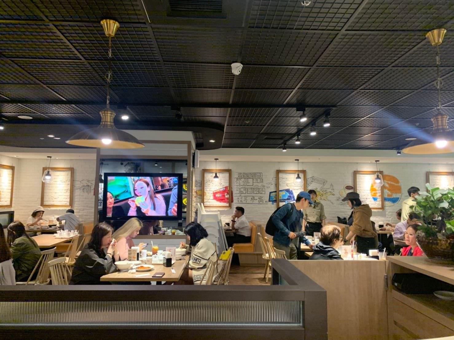 北市中山。壇島香港茶餐廳   聽說蛋塔很厲害   南西店