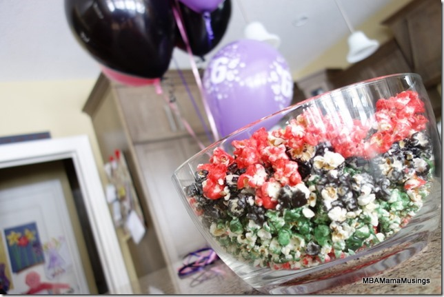 Jell-o Popcorn on Display in Glass Bowl