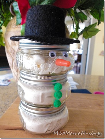 Minty Hot Chocolate Snowman Mason Jar Gifts