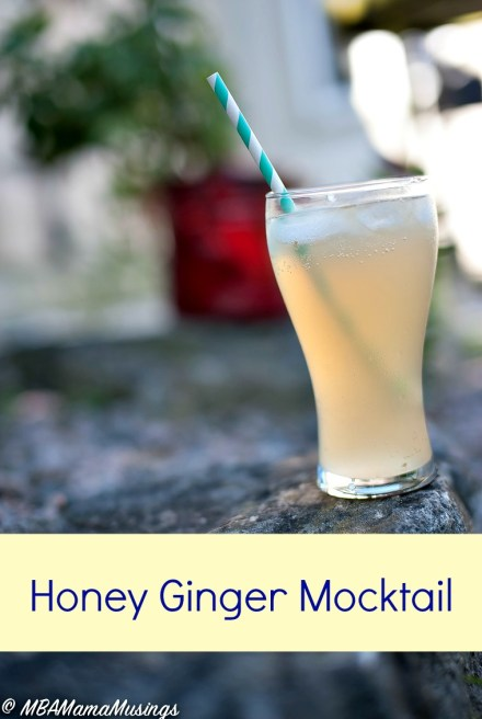 Non-alcoholic honey ginger mocktail