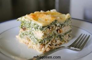 Как приготовить вкусную лазанью с грибами, курицей и шпинатом