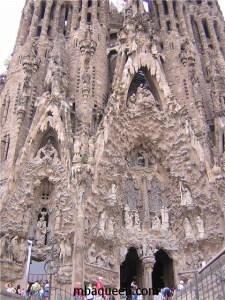 Саграда Фамилия - лучшее место Барселоны, которые стоит посетить