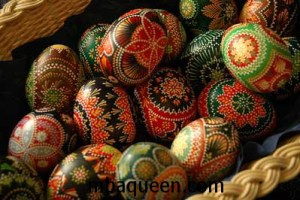 Как красить пасхальные яйца