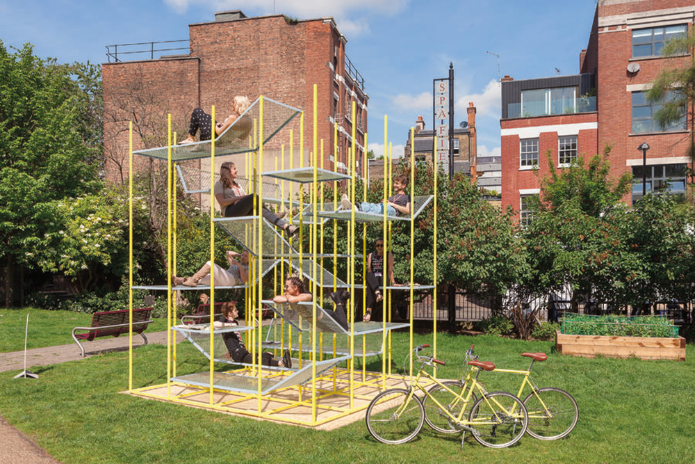 BuzziJungle outdoor play structure