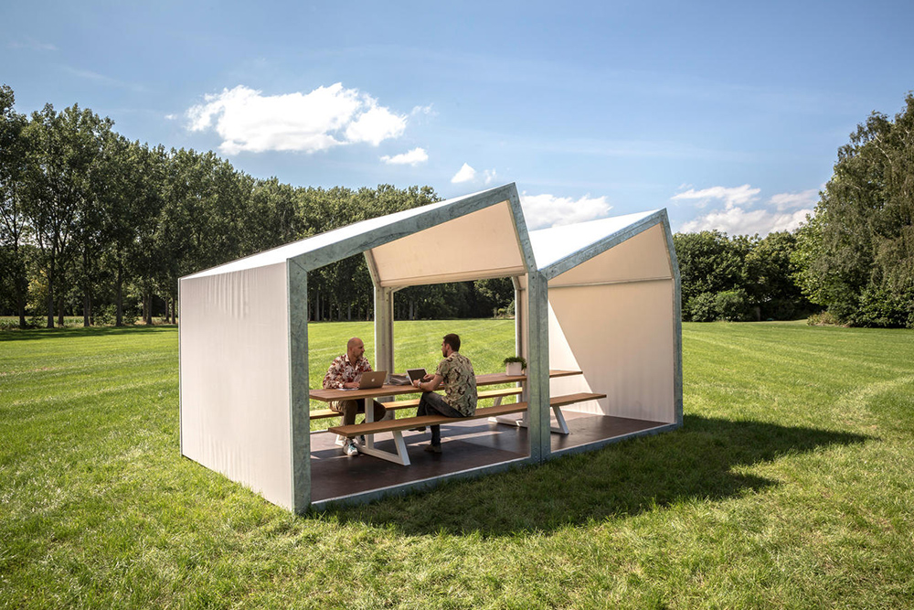 Inside Out: Creating Outdoor Workplaces