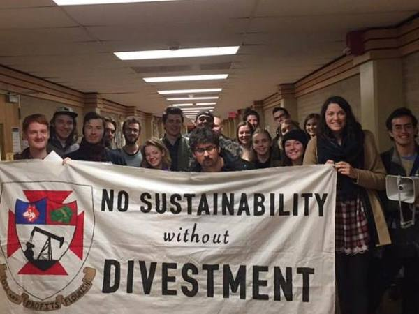 DivestUW Rally at Board of Regents Meeting