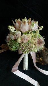 MB Eventi in fiore a Roma è il regno dei fiori e delle piante - Bouquet da Sposa 768