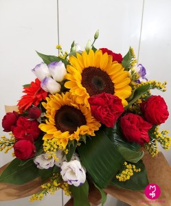 MB Eventi in fiore a Roma - Bouquet Mazzo di fiori 10