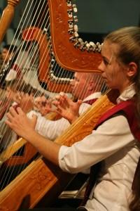 MWC harpist_small