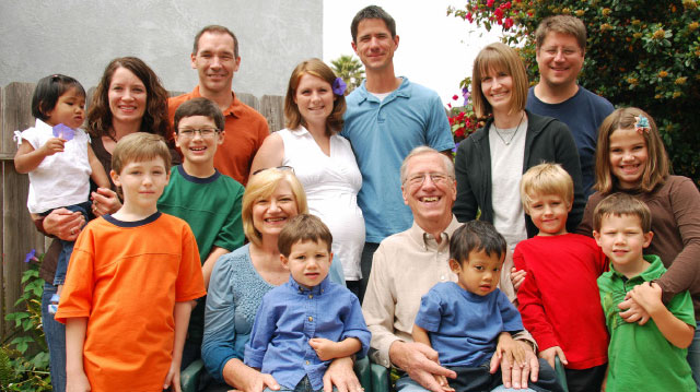 The whole Ens clan in 2010, the last time they were all together in the same place. Photo: courtesy Harold Ens