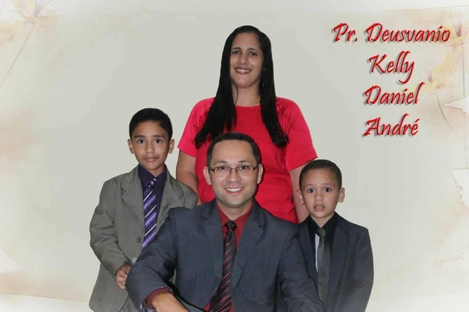 Deusvanio e família