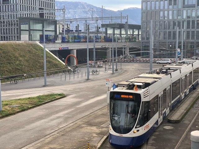 1280px-Terminus_tram_à_Lancy-Pont-Rouge