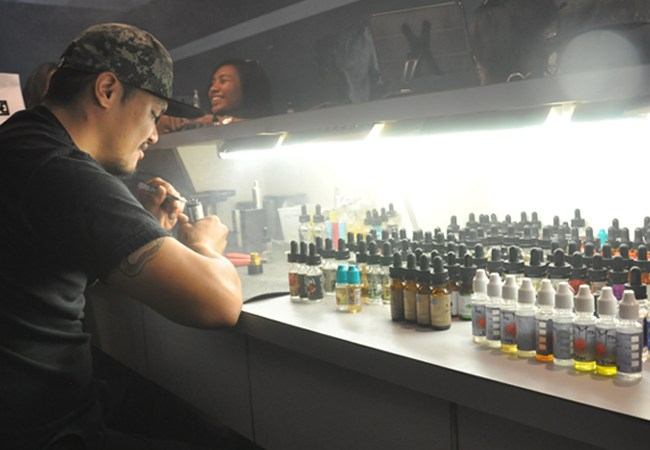 Electronic cigarette business is booming