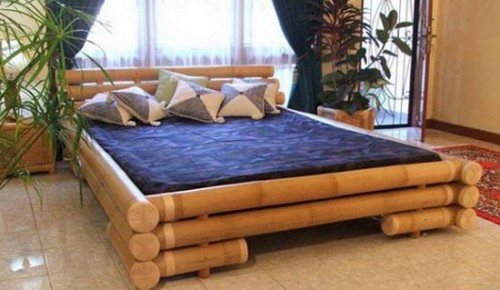 Кровать из бамбука