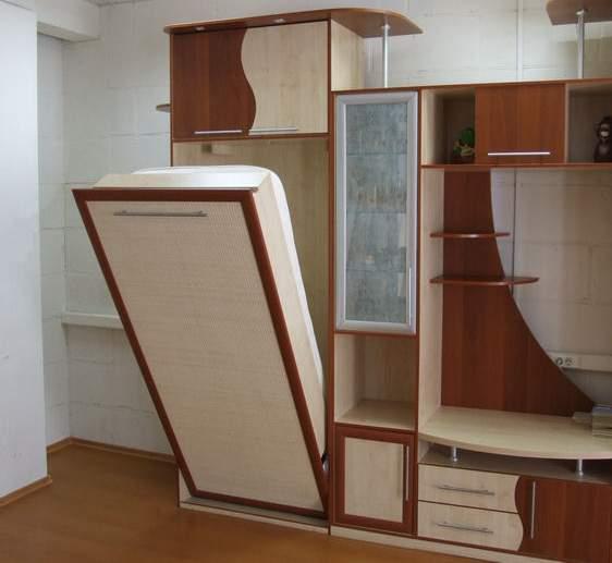 Шкаф-кровать для небольшой квартиры