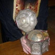 Грчките владици го донесоа черепот на свети Kлимент Охридски во Софија