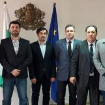 Членови на МБП на пракса во Областна управа на Софија!