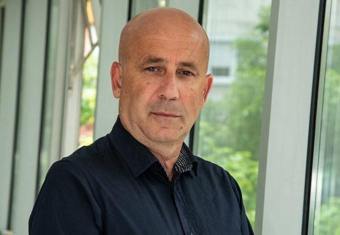 Добре Митрев (MБП-Скопје): Без страв да се попишеме како Бугари