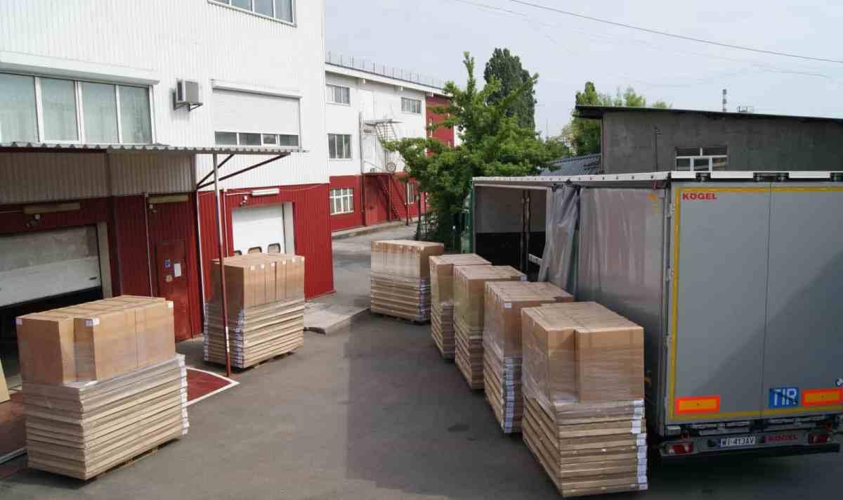 transport meubelfabriek