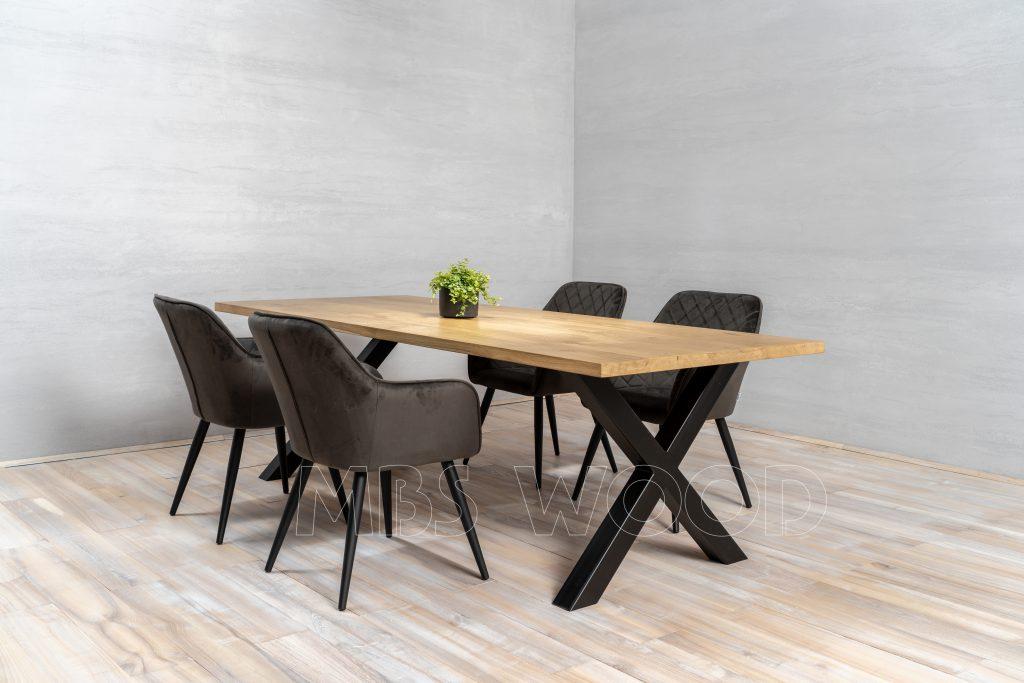 Wholesale Oak Tables UK
