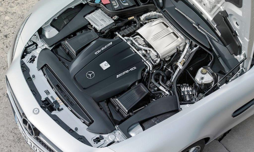 2016-mercedes-benz-amg-gt-engine-bay