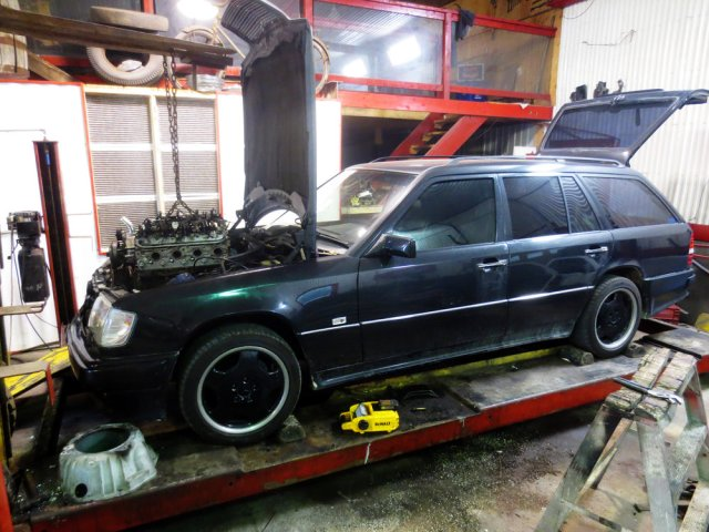 LS Swapped W124 Mercedes Wagon