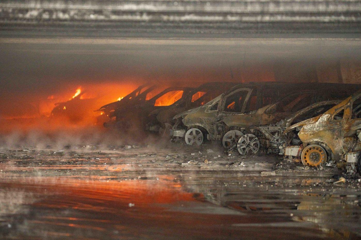 Burnt Benz Brooklyn Kings Plaza