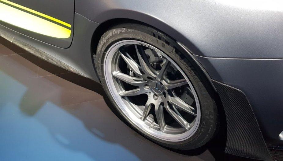 Mercedes-Benz AMG GT R Pro Tire