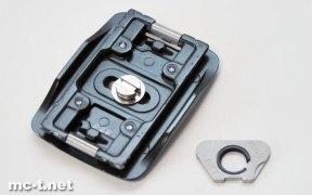 「Velbon QRA-67L シュー」と付属の「カメラネジ回し」