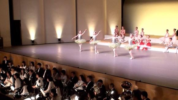 1-6_葦笛の踊り