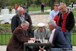 VILNIUS: BERNARDINŲ SODAS 20140427; Kazimieras Jočius vs Ferdinandas Janušauskas