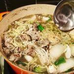 鍋の〆は真っ黒な簡単AGEレス海鮮担々麺