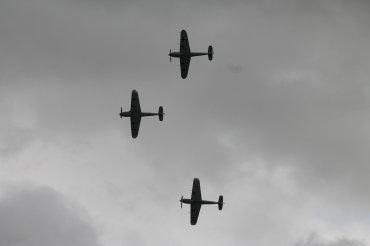 Messerschmitt Bf-109G-4 & Hispano HA-1112-M1L Buchons