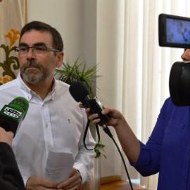 La Junta de Gobierno, a propuesta del alcalde, aprueba la compra de una finca en Cuatro Santos para ampliar las dependencias administrativas