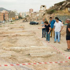 Las intrigas del PP y la incapacidad del PSOE dejan a Casco Antiguo en el limbo