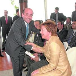 El PP nombra a 'Prescripción' presidenta de honor