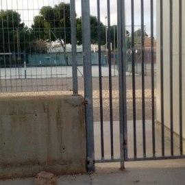 MC demandará que se mejore el acceso al colegio de La Palma, así como la seguridad del centro y su entorno